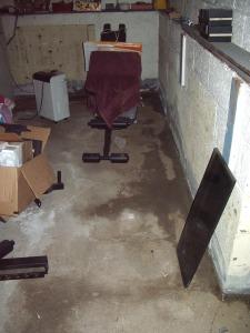 Basement leaking_2014